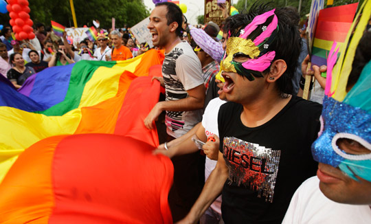 Гомосексуалисты добиваются права провести в Баку гей-парад в дни